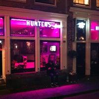 Foto tomada en Hunter's Coffeeshop por Дмитрий Г. el 5/19/2012