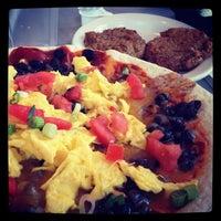Das Foto wurde bei Elmo's Diner von Leta C. am 4/21/2012 aufgenommen