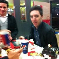 Photo prise au KFC par Dan H. le5/15/2012