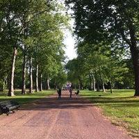 Das Foto wurde bei Kensington Gardens von Mari G. am 8/27/2012 aufgenommen