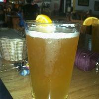 Photo prise au Effins Pub & Grill par Danny V. le9/18/2011