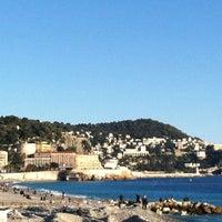 รูปภาพถ่ายที่ Promenade des Anglais โดย Cathy B. เมื่อ 1/20/2012