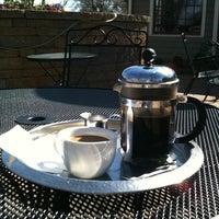 Foto scattata a Land of a Thousand Hills Coffee da Alison P. il 3/12/2011