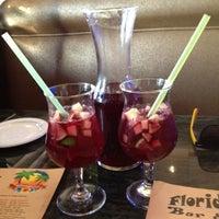 รูปภาพถ่ายที่ Florida Cafe Cuban Bar & Grill โดย Justin W. เมื่อ 6/4/2012