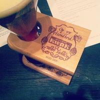 Das Foto wurde bei Amsterdam Bar & Hall von Garrio H. am 12/1/2011 aufgenommen