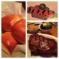 6/19/2012 tarihinde Aldouse H.ziyaretçi tarafından Texas Roadhouse'de çekilen fotoğraf