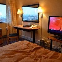Foto tirada no(a) Radisson Blu Scandinavia Hotel por Roman K. em 1/2/2012