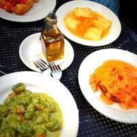 รูปภาพถ่ายที่ Piattini Wine Cafe โดย Jane P. เมื่อ 5/12/2012