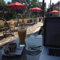 Foto scattata a Bacchus Coffee & Wine Bar da Jean-Marc B. il 4/7/2012