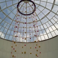 Foto tirada no(a) Balneário Shopping por Jose Sidnei S. em 11/29/2011