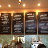 Foto tirada no(a) Rachel's Kitchen por Sharon K. em 8/1/2012