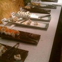 Foto tirada no(a) Kiku Japanese Steak House por Stephen em 2/7/2012