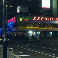 รูปภาพถ่ายที่ ESCADOS โดย Ness C. เมื่อ 10/27/2011