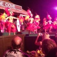 5/8/2012 tarihinde Chrisziyaretçi tarafından Paradise Cove Luau'de çekilen fotoğraf