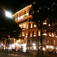 Das Foto wurde bei Hotel Imperial von Jieun P. am 5/2/2012 aufgenommen