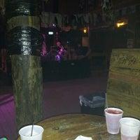 Foto tirada no(a) Flora-Bama Lounge, Package, and Oyster Bar por Johnathan S. em 9/11/2012