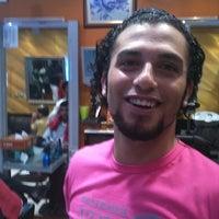Снимок сделан в Arsalan Gents Saloon пользователем Jumah A. 7/11/2011