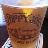 Foto diambil di Sloppy Joe's Bar oleh Anita S. pada 7/13/2012
