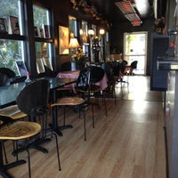 Foto scattata a Koriente Restaurant da Jess B. il 11/8/2011