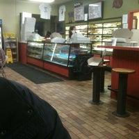 1/5/2012에 Ira O.님이 Sweetwater's Donut Mill에서 찍은 사진