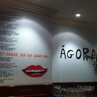 Foto tomada en Café Ágora por Mo L. el 12/9/2011