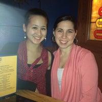 Снимок сделан в Dos Machos Restaurant пользователем Evelyn P. 5/6/2012
