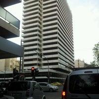 รูปภาพถ่ายที่ President Hotel Athens โดย George M. เมื่อ 11/9/2011
