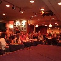 Photo prise au Punch Line Comedy Club par Rachel S. le9/16/2011