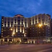 5/27/2012 tarihinde Nicole V.ziyaretçi tarafından Hilton Garden Inn Minneapolis Downtown'de çekilen fotoğraf