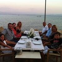 Foto diambil di İstasyon Restaurant oleh Evren C. pada 7/23/2012