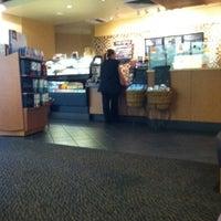 Das Foto wurde bei Starbucks von Meredith E. am 8/9/2011 aufgenommen