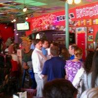 รูปภาพถ่ายที่ Tijuana Flats โดย Molly W. เมื่อ 8/25/2011