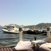 8/22/2012 tarihinde Sertac A.ziyaretçi tarafından Palace Beach Club'de çekilen fotoğraf