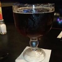 รูปภาพถ่ายที่ Humperdinks Restaurant & Brewpub - Greenville โดย Timothy L. เมื่อ 8/25/2011