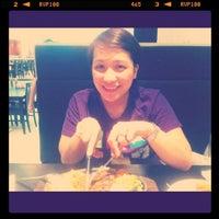 รูปภาพถ่ายที่ Coco's Restaurant โดย Chix R. เมื่อ 7/31/2011