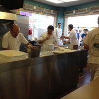 Das Foto wurde bei Sam's Pizza Palace von Jake G. am 7/28/2012 aufgenommen