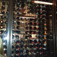 Photo prise au Barcelona Wine Bar Inman Park par Mary S. le3/31/2012