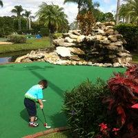 Das Foto wurde bei 76 Golf World von Brian L. am 2/20/2012 aufgenommen