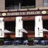 7/8/2012 tarihinde Carly G.ziyaretçi tarafından Neely's BBQ Parlor'de çekilen fotoğraf