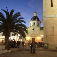 Foto tomada en Plaça de l'Església / Plaza Iglesia Altea por Caroline el 2/25/2012