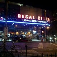 5/8/2012 tarihinde Ariane D.ziyaretçi tarafından Regal Cinemas Union Square 14'de çekilen fotoğraf