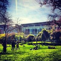 Foto tirada no(a) Yerba Buena Gardens por Erica S. em 2/23/2012