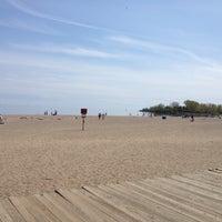 Foto diambil di Woodbine Beach oleh Matthew P. pada 5/13/2012