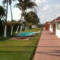Foto diambil di Hotel Chachalacas oleh Adán Miguel S. pada 4/12/2012