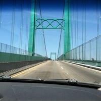 รูปภาพถ่ายที่ Vincent Thomas Bridge โดย Michael L. เมื่อ 5/29/2012