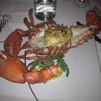 Foto scattata a The Oceanaire Seafood Room da Hasanna B. il 4/29/2012