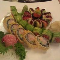 4/28/2012 tarihinde Efrain M.ziyaretçi tarafından Kyoto Sushi Bar'de çekilen fotoğraf