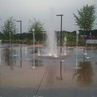 Foto tomada en Historic Fourth Ward Park por R.J. T. el 5/3/2012