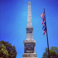 Das Foto wurde bei Oakland Cemetery von Chad E. am 6/2/2012 aufgenommen