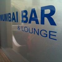 Photo prise au Mumbai Bar par Olivier M. le8/27/2011